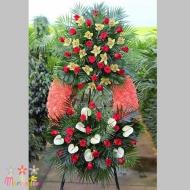 Corona Rosas y Anturiums